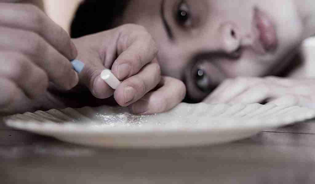 Злоупотребление таблетками для похудения: расплата за фигуру